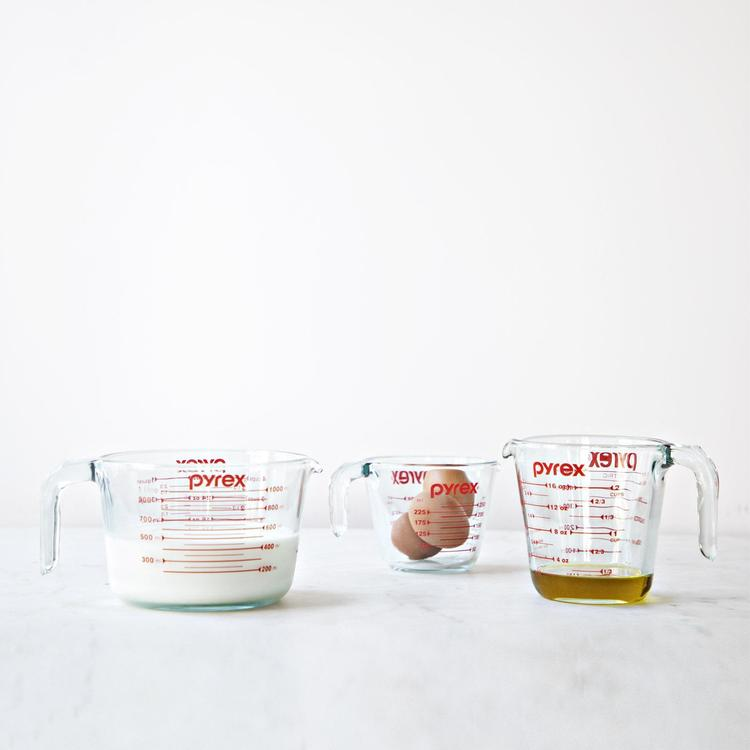 pyrex 10 cup measuring cup