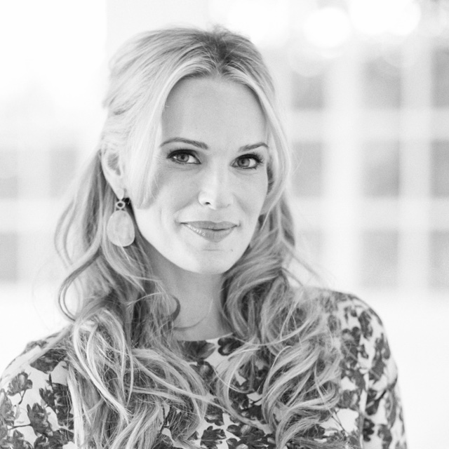 Tastemaker: Molly Sims on Zola Wedding Registry