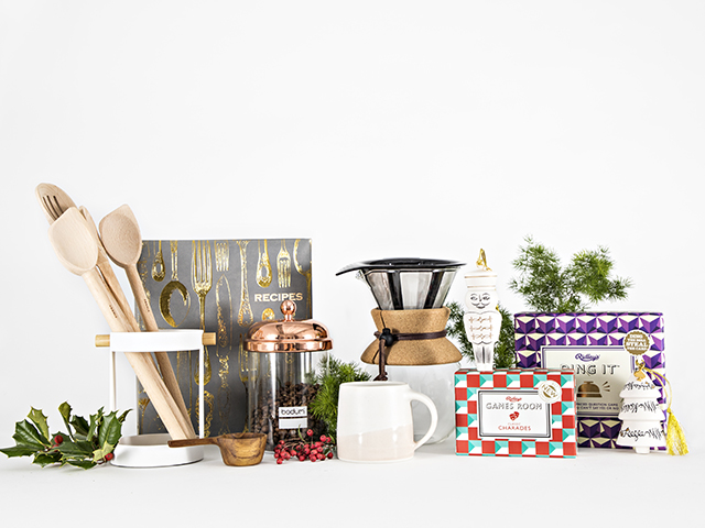 Holiday Gifts Under $25 on Zola Wedding Registry