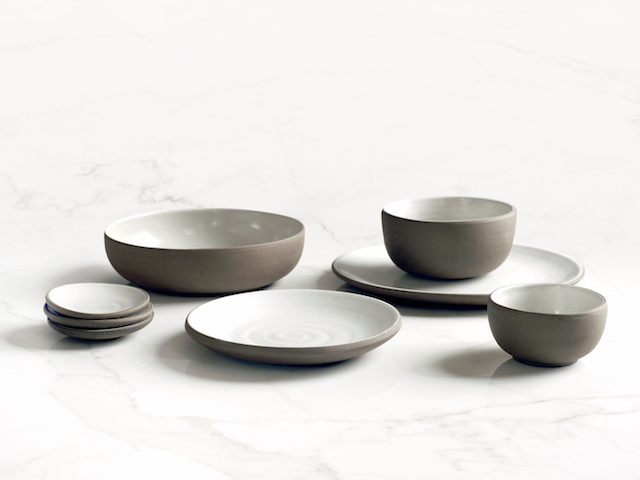 Jono Pandolfi Designs on Zola Wedding Registry