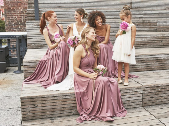 Kleinfeld Bridal Party on Zola Wedding Registry