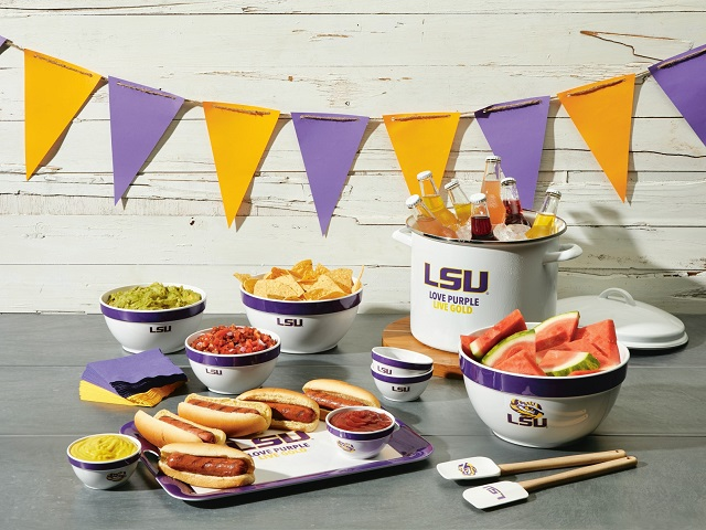 College Kitchen Collection on Zola Wedding Registry