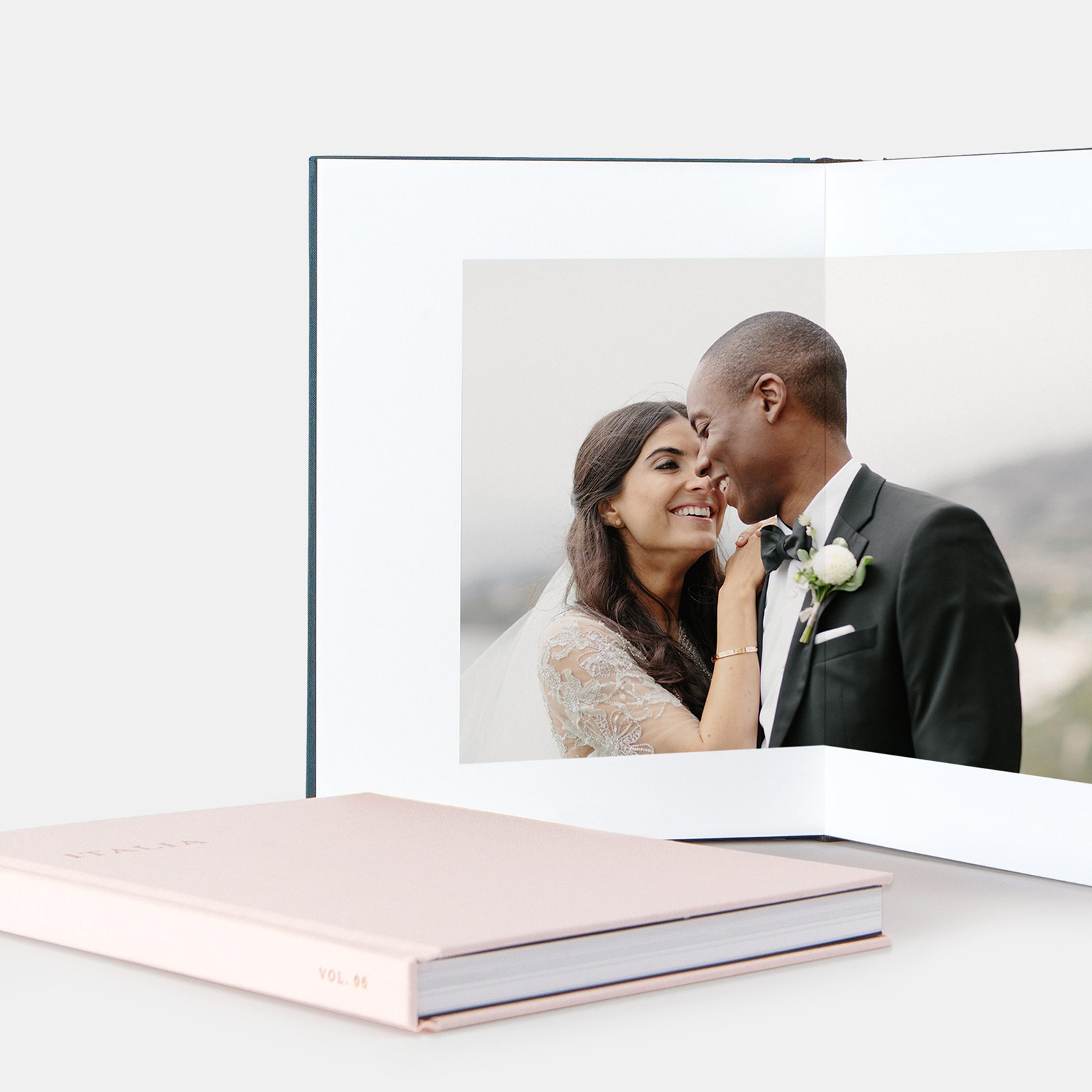 Layflat Wedding Album Zola